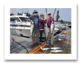 August 7, 2017 : 22 & 15 lbs. Chinook Salmon & Pink Salmon - Muir Creek - Rob & Christine from Victoria with Ed & Nancy from Ontario